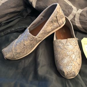 Glitter Sequin Toms Size 8.5